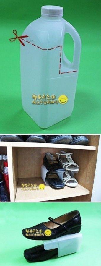 Ideas para organizar zapatos usando botellas de plastico