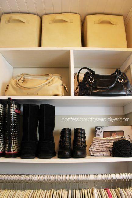 como organizar un armario pequeño usando cajas