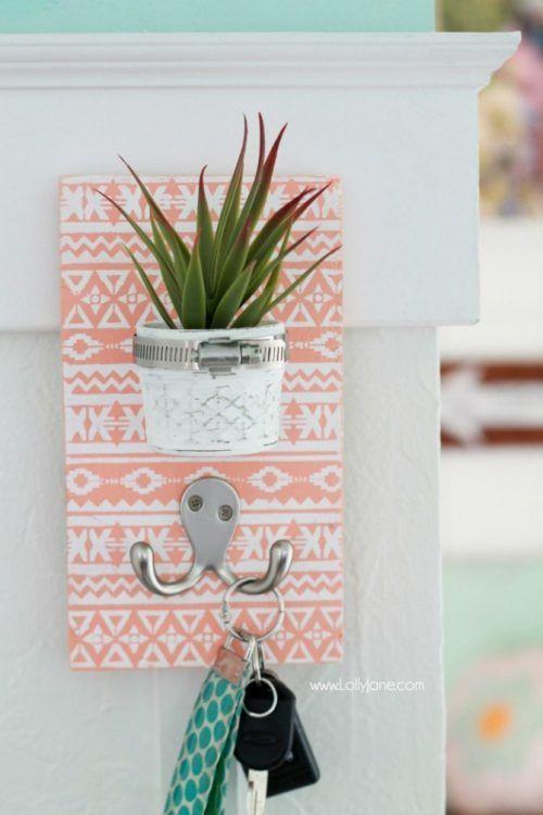 decoracin con plantas de interior cuelga llaves