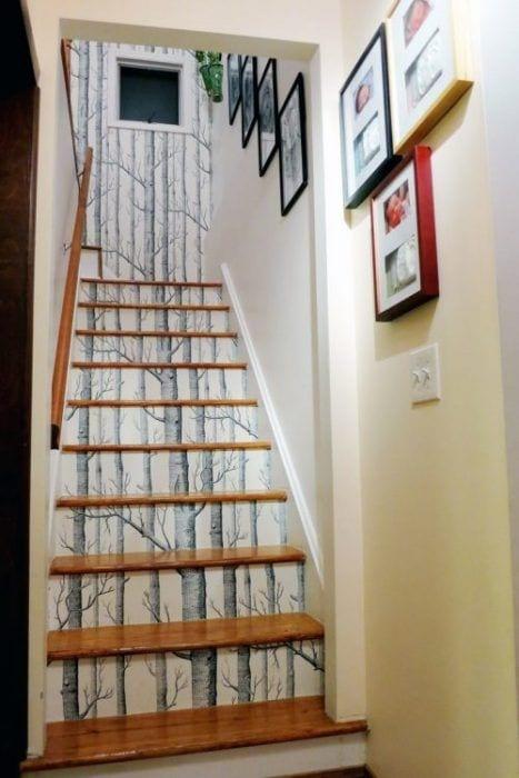 Decoración de escaleras interiores - lamina árbol