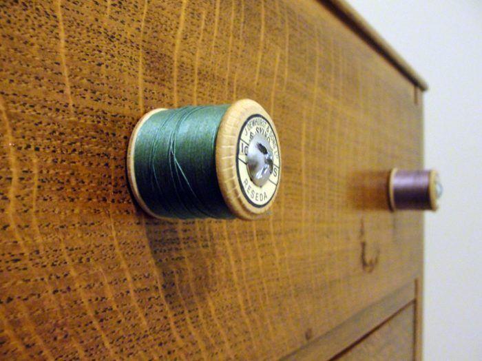 Tiradores para cajones 10 alternativas originales para - Tiradores para muebles antiguos ...