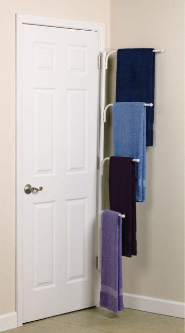 Ideas para baños pequeños - detrás de la puerta