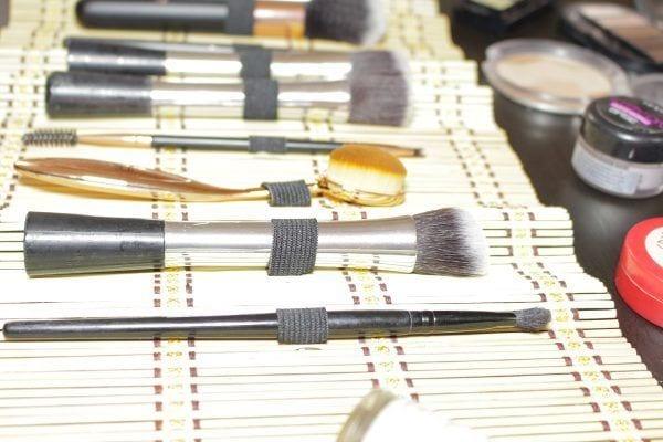 Manta para brochas de maquillaje