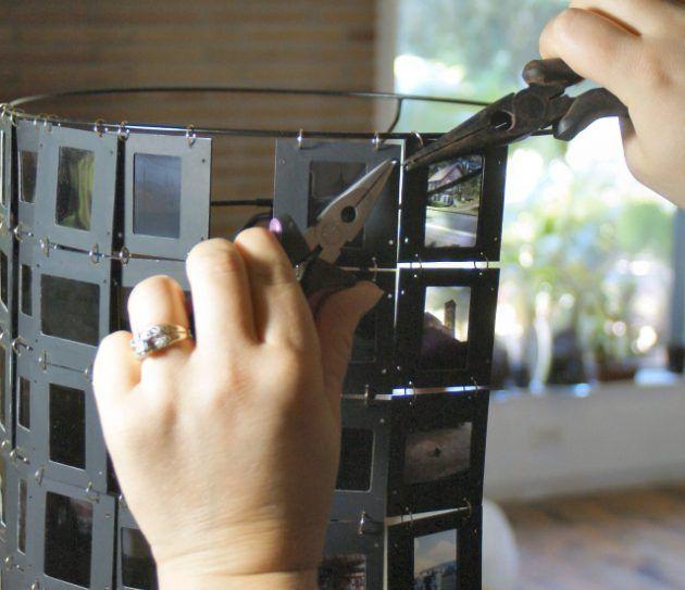 Cómo hacer una pantalla de lámpara con diapositivas