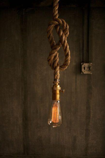 Lámpara de cuerda con nudo