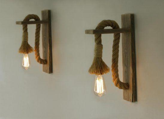 Lámparas de cuerda en soporte de pared
