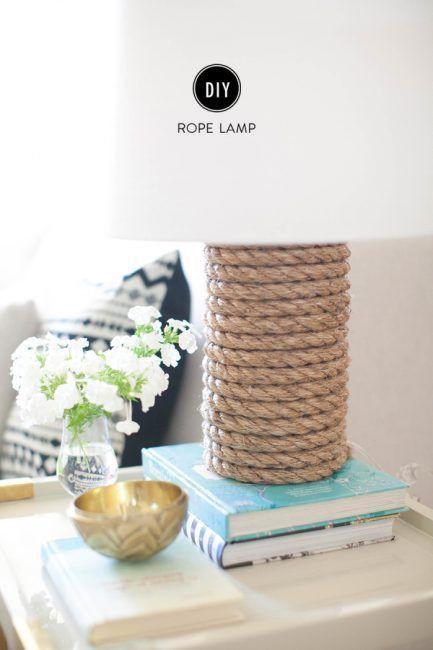 Lámpara con base de cuerda