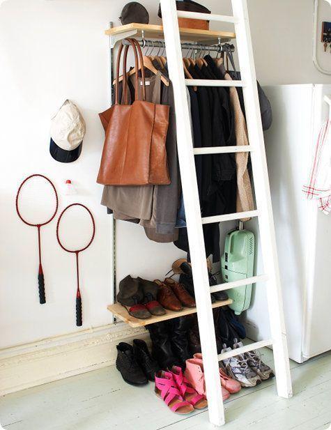 Percheros originales las mejores ideas para colgar tu ropa - Percheros de pared originales ...