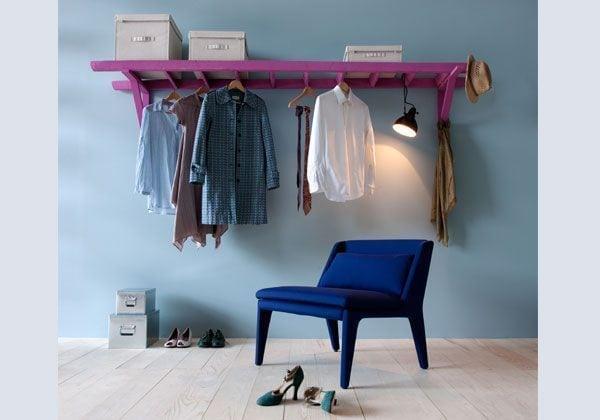 Escalera de madera para colar la ropa