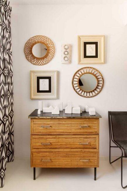 Cómo decorar una cómoda con tiras de bambú
