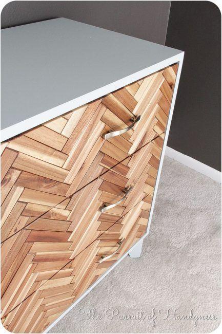 Cómo decorar una cómoda con trozos de madera