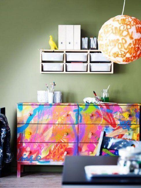 Cómo decorar una cómoda con sprays