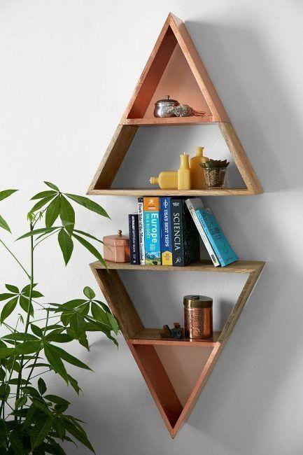 Estantes de pared originales: dos triángulos