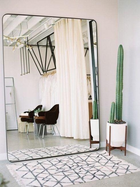 Interiores de casas pequeñas con espejos