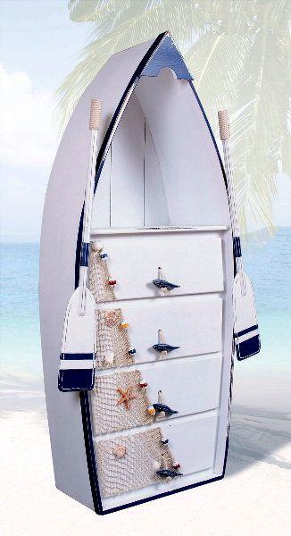Barca convertida en cajonera
