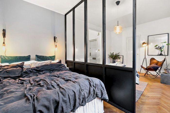 Separación de cristal en un apartamento pequeño