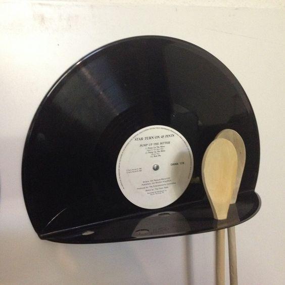 Decoración para la cocina con discos de vinilo