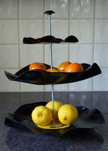 Discos de vinilo convertidos en frutero