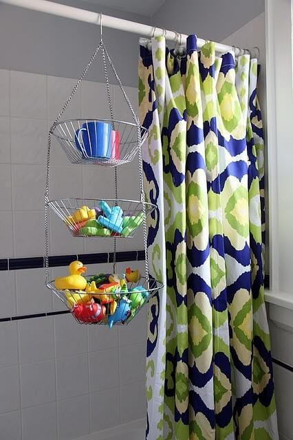 Frutero colgante para la ducha