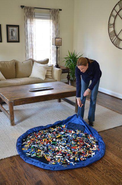 Una manta para guardar los juguetes de Lego