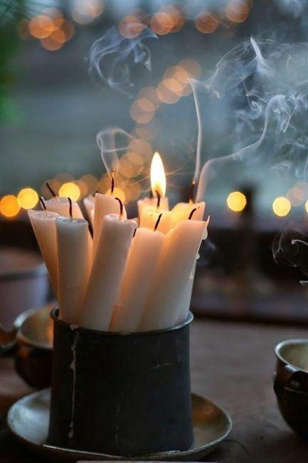 Varias velas unidas