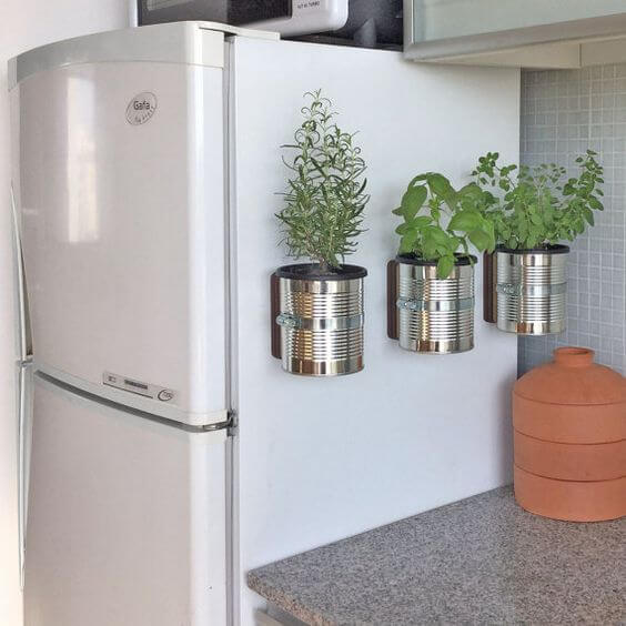 Decorar el frigorífico con plantas