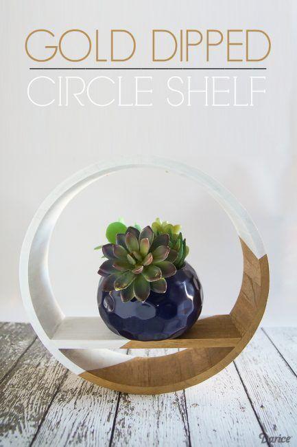 Estante circular de madera