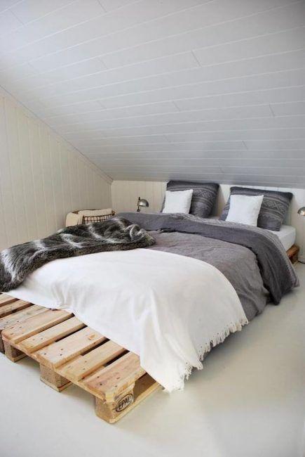 Base de cama con palets