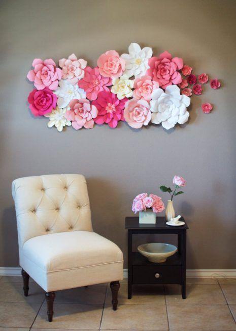 Decoración de paredes con flores artificiales