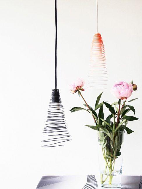 Lámpara con alambre