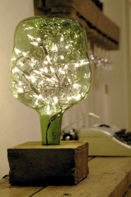 Botella con guirnalda de luces