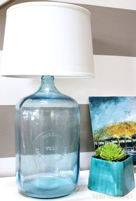 Botella grande de cristal como lámpara