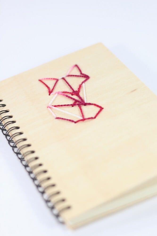 Decorar cuadernos con madera