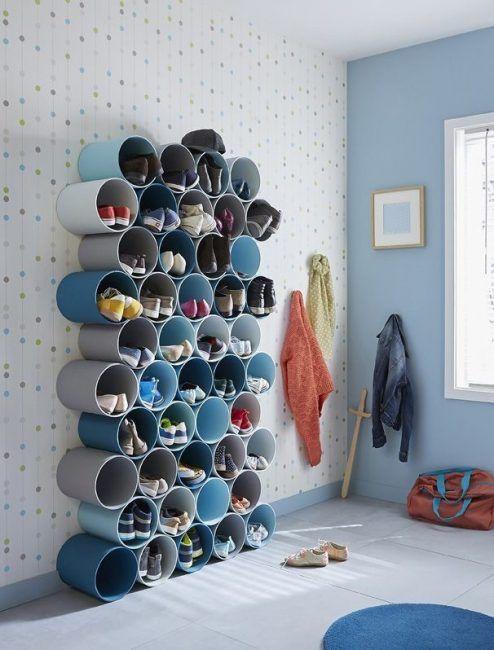 Guardar zapatos en tubos de PVC
