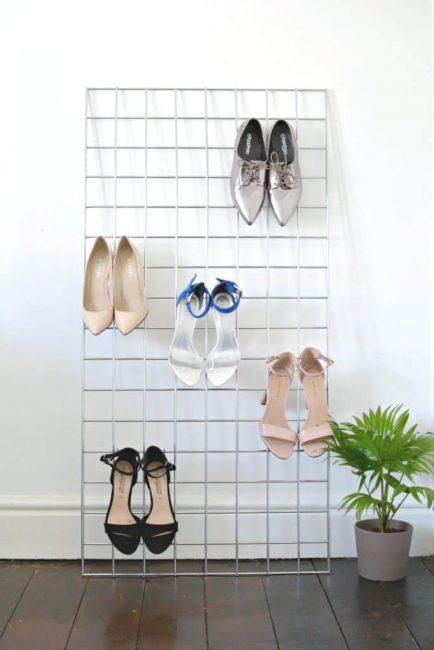 Zapatos con tacón en malla metálica