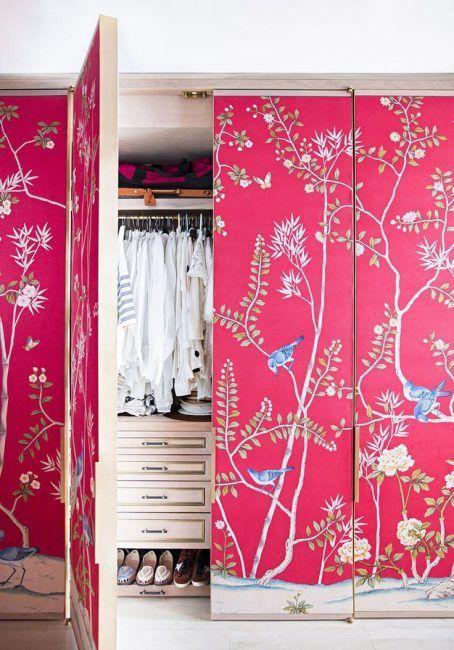 Decorar puertas con papel pintado