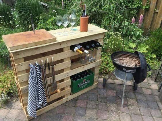 Mesas de jardín con palets