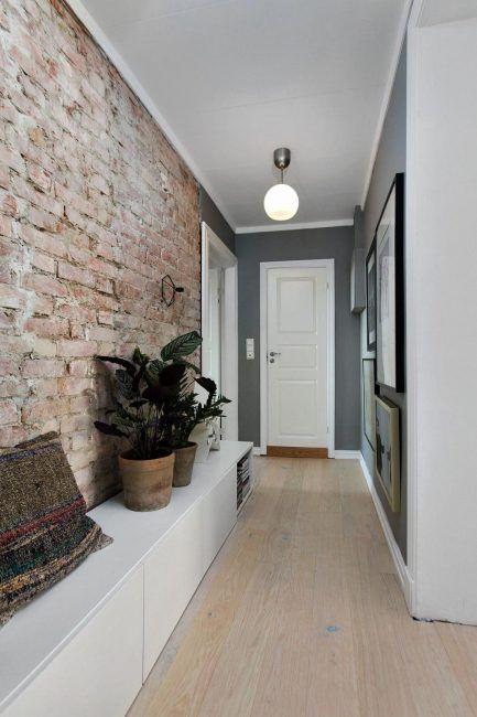 Decoración de pasillos con ladrillo visto