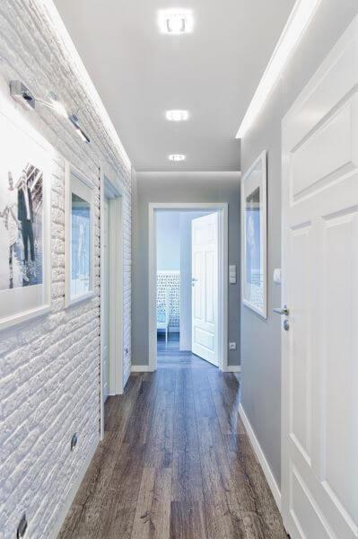 Decoración de pasillos largos y estrechos