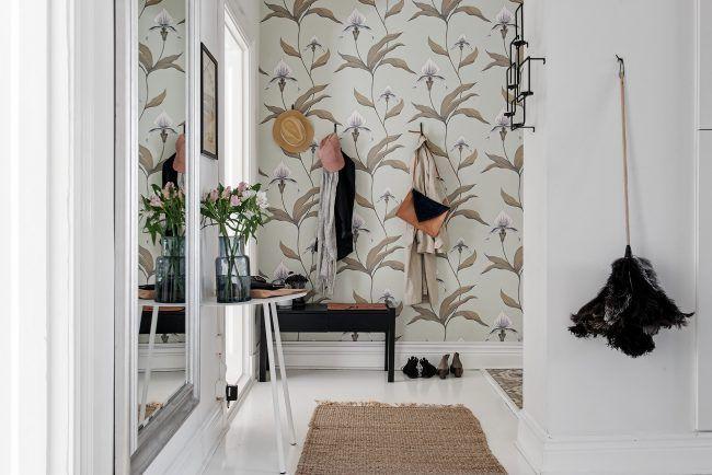 Decorar pasillos con papel pintado