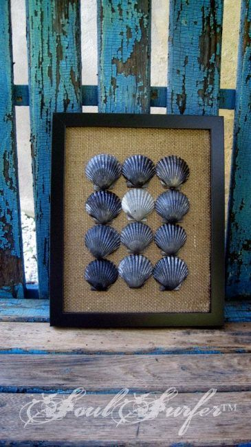 Cuadro con conchas pintadas
