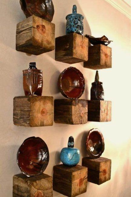 Estantes rústicos de madera