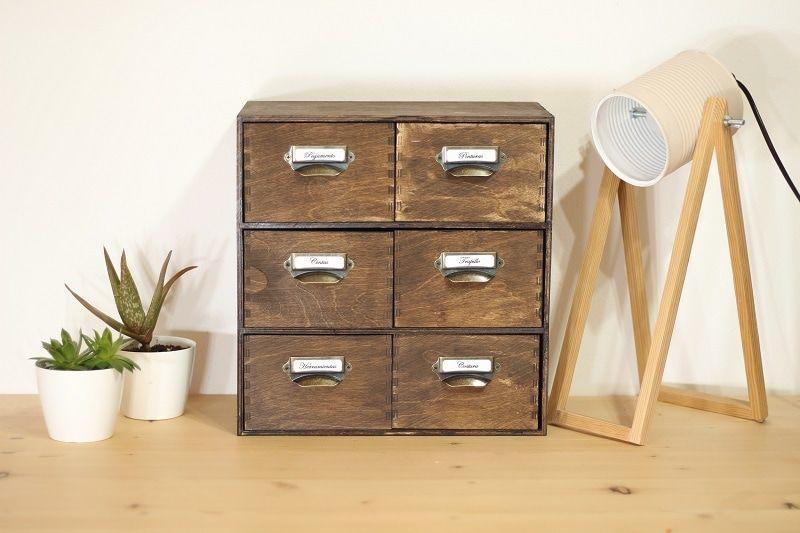 Mini cómoda de madera
