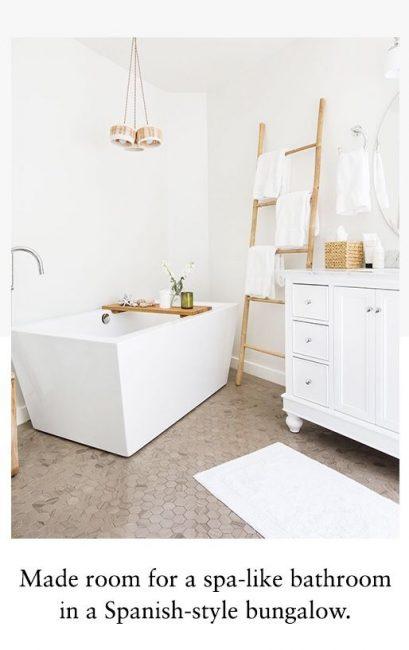 Escalera de bambú para el baño