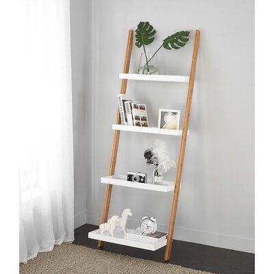Escalera de bambú tipo estantería
