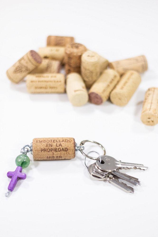 Original llavero con corcho de vino