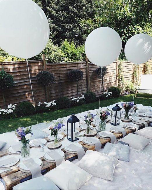 Fiesta en el jardín con globos