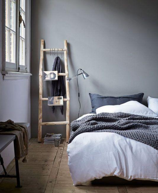 Escalera de madera para el dormitorio