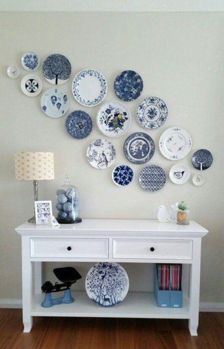 Platos con tonos azules