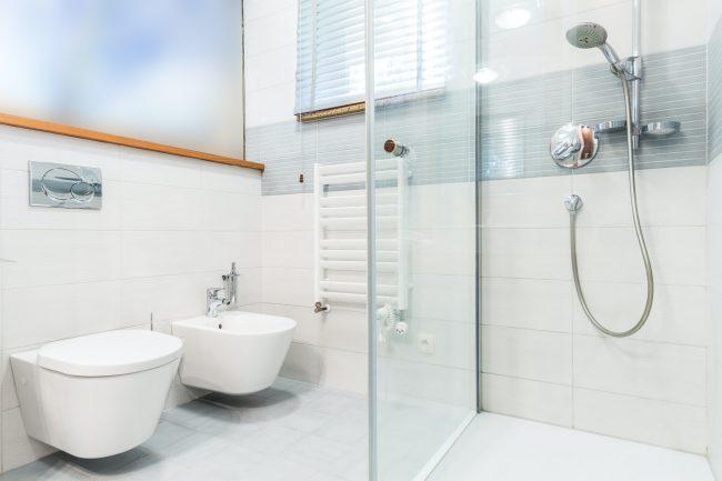 Cambiar cortina de ducha por mampara